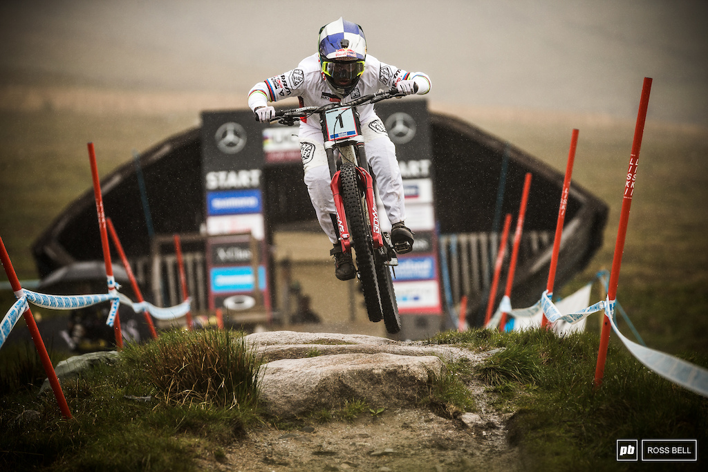 Vali Holl power out the start gate but it wasn t to be today for the Austrian her winning streak comes to an end in Fort William.