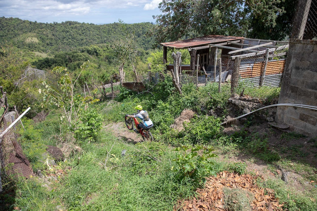 Jeff Kendall-Weed s Local Loam series visits Puerto Rico