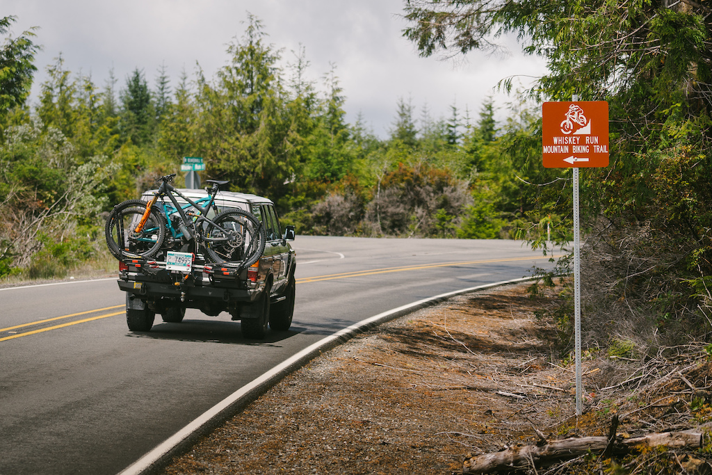 Landcruiser and bikes at Whiskey Run OR. Photo by Jason Fitzgibbon