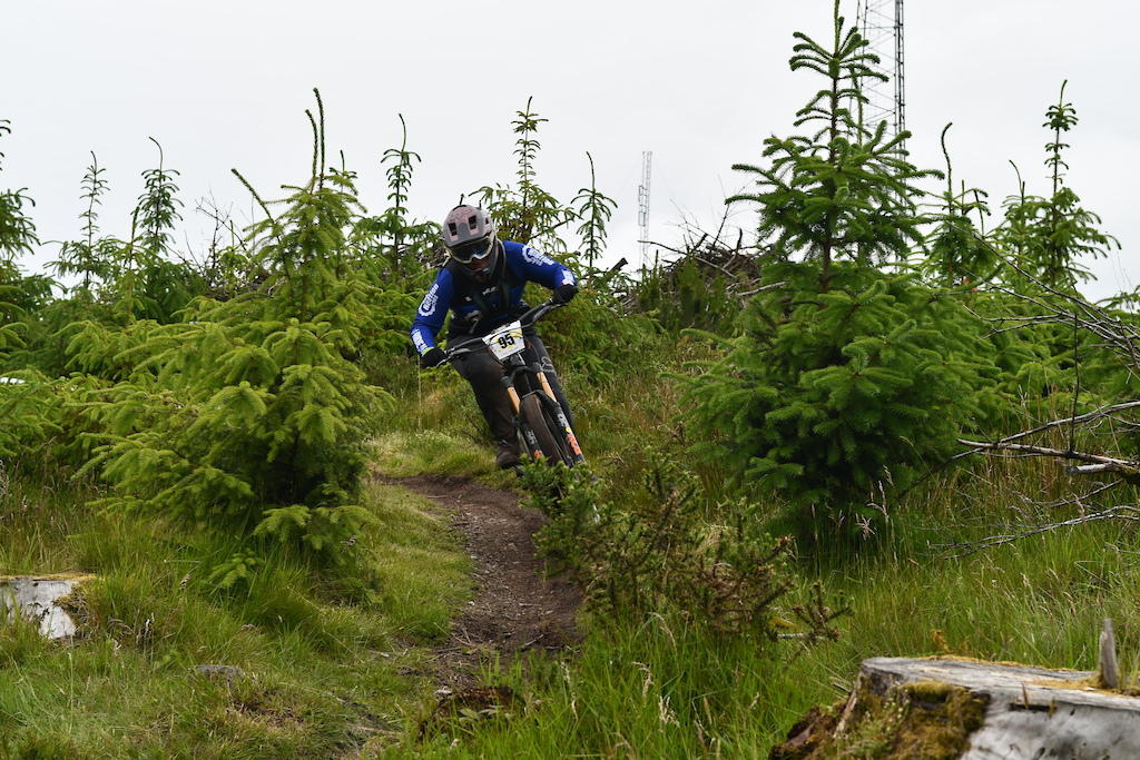 Hannah Harvey Chain Reaction Cycles Belfast managed to win SS3 but not enought to get to the first overall