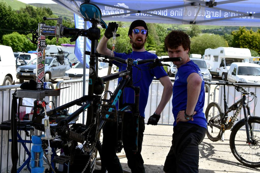 Cheainreaction Belfast store providing mechanical support for the riders..and having fun at same time