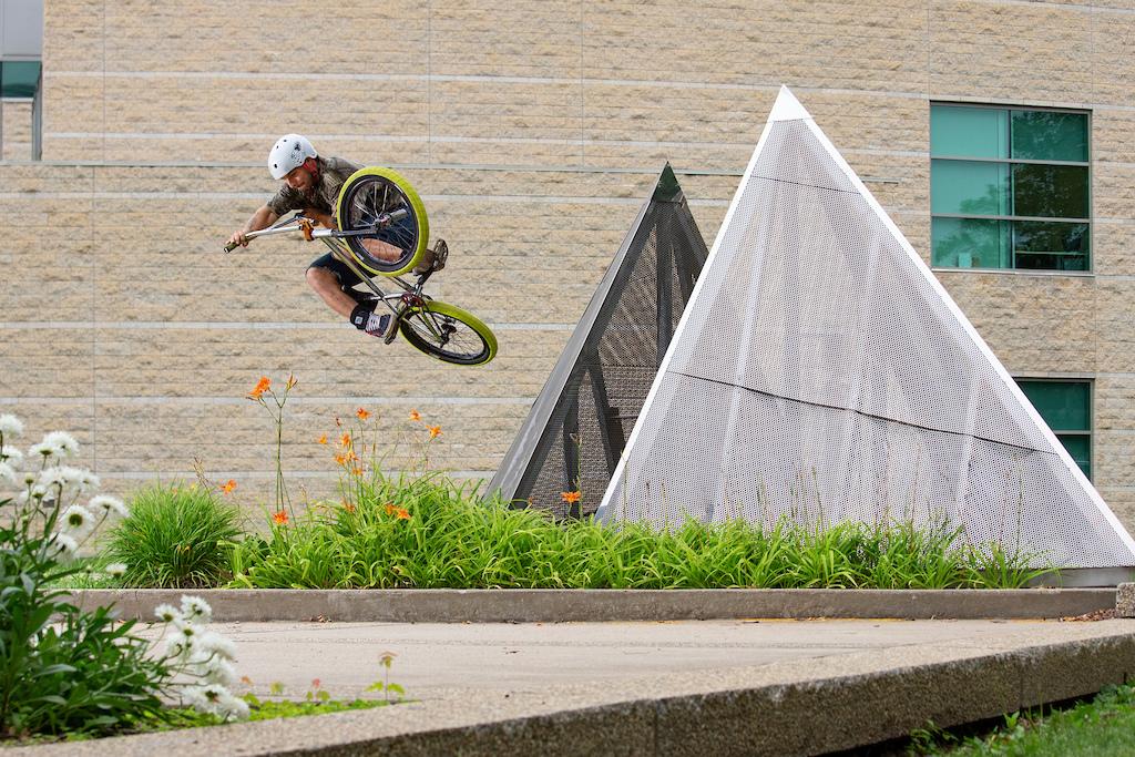 Photo Credit: Cedric De Rodot. weirdandrevered.com