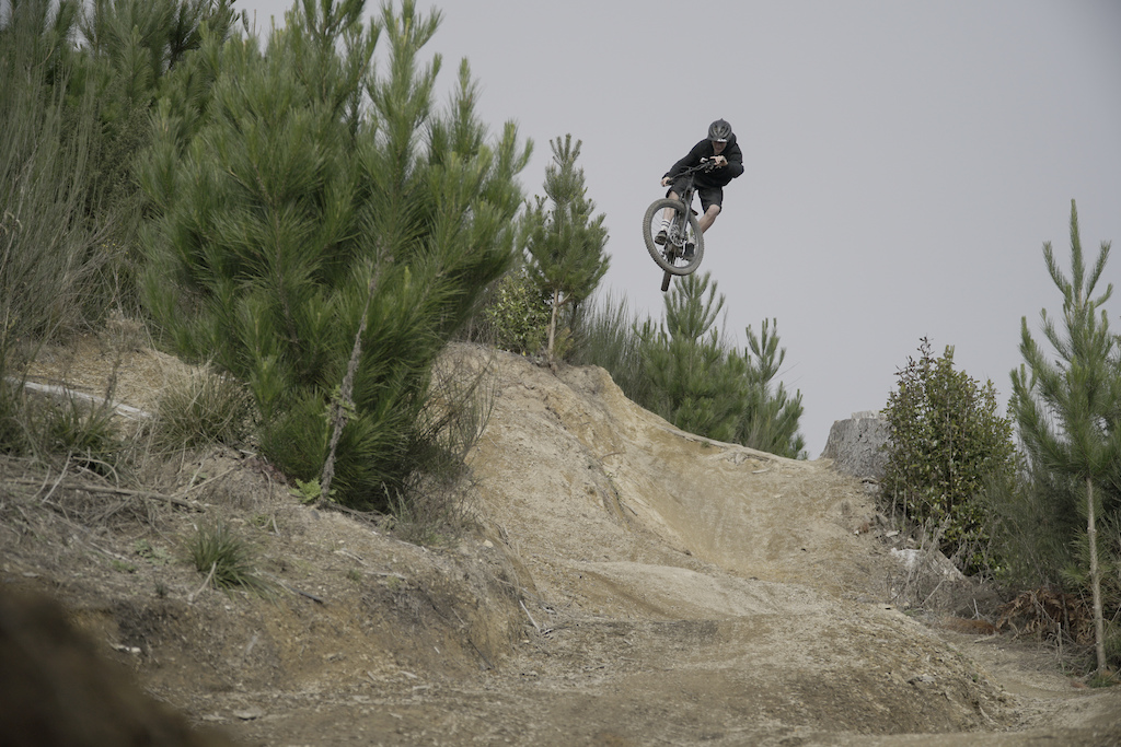 This Transfer is usually a pretty chill jump if you take it at the normal speed and height...however Blake wasn t having a bar of any of that and proceeded to go above and beyond so to speak.