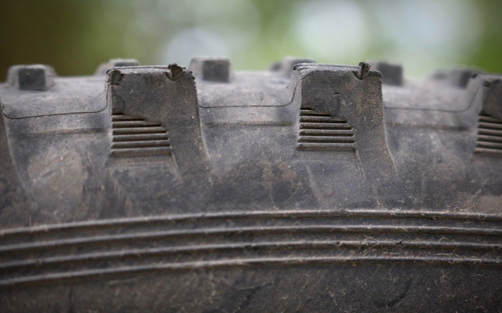 e13 tires