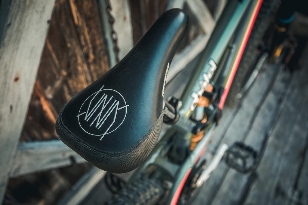 Nico Vink Bike Saddle pro model