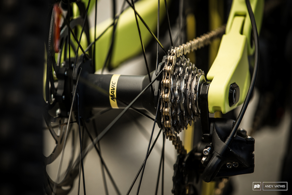 Mavic s new Deemax wheel accepting only 7 cogs not that you d need much more in downhill.