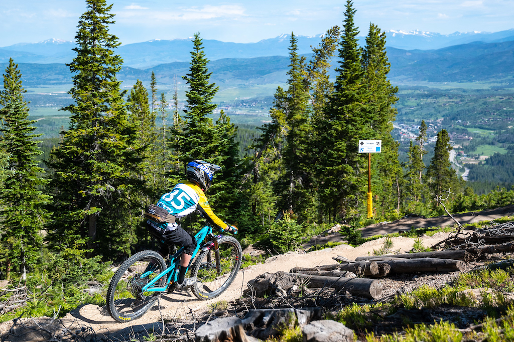 Big views of the Fraser Valley coming down stage 1 with Olson Hoogendoorn.