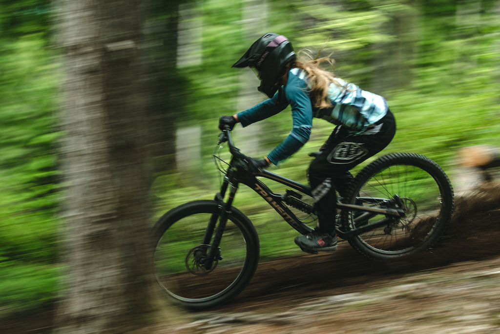 Video: Transition Announces All New TR11 Downhill Bike - Pinkbike