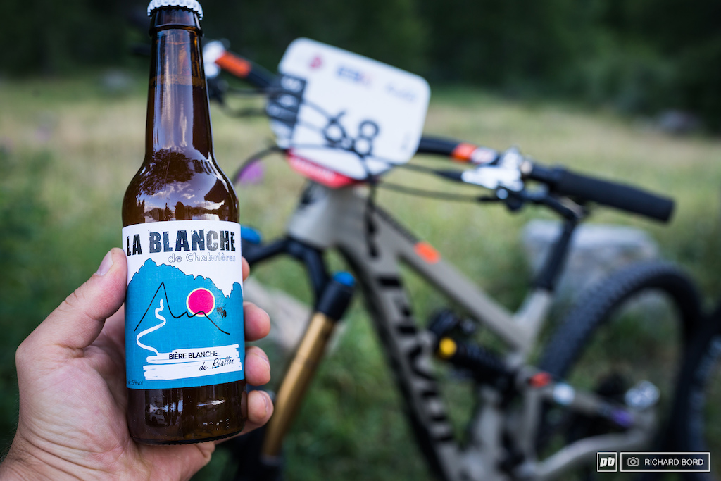 Every riders were welcomed with a local beer in their bag.