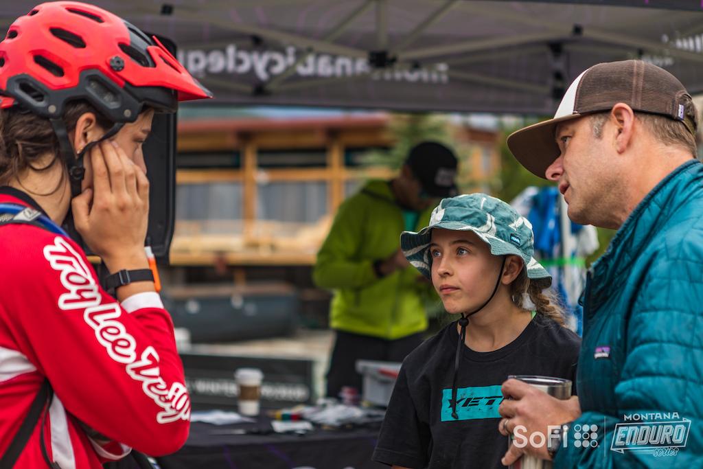 Expert Female rider Eva Culpo sharing some wisdom with Junior Female's Addison Roush prior to the race.