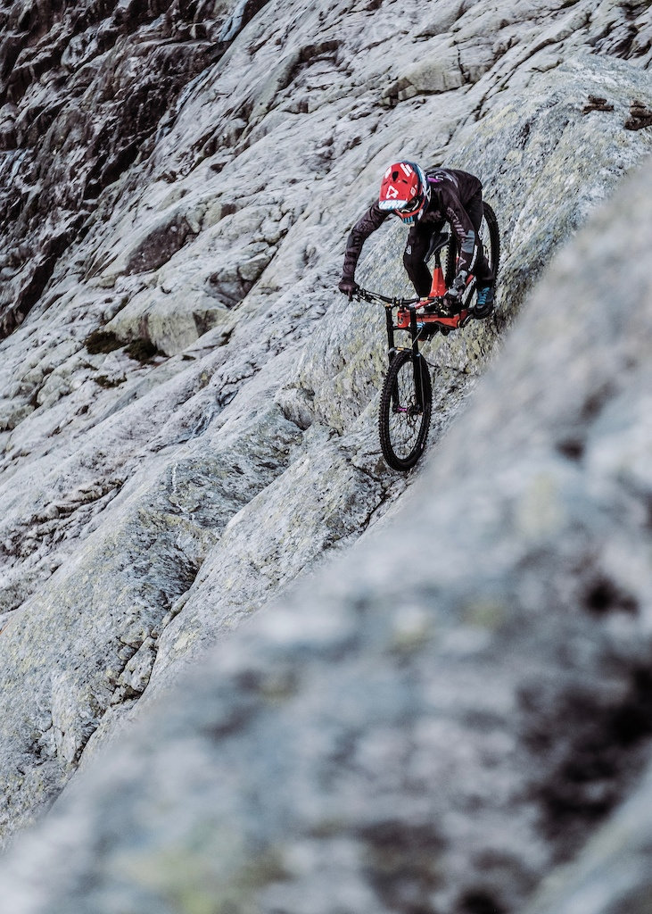 Dropping in on the super exposed face its a long way down. PC darrenhamlinfotoandfilm kollektiveproductions