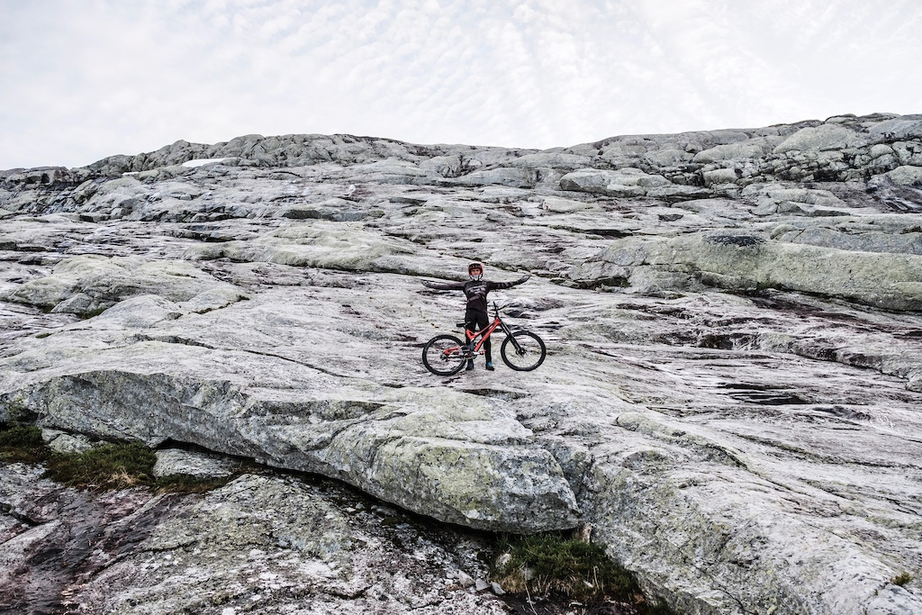 Video: Rampage Hopeful Oscar Härnström Rides a Massive Rock Face in