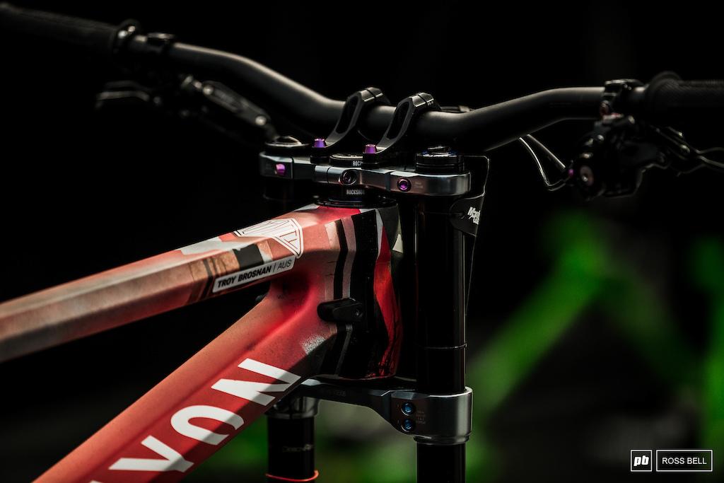 Tech Randoms: Lenzerheide DH World Cup 2019 - Pinkbike