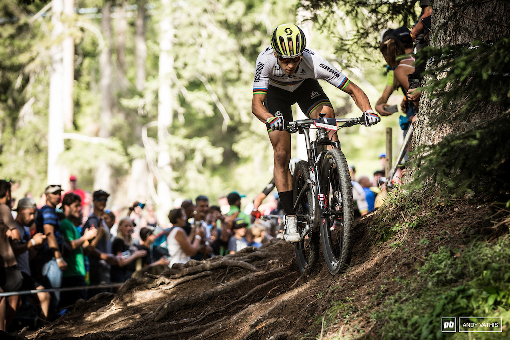 Nino Schurter was pulling ahead and was almost running away with it. Almost.