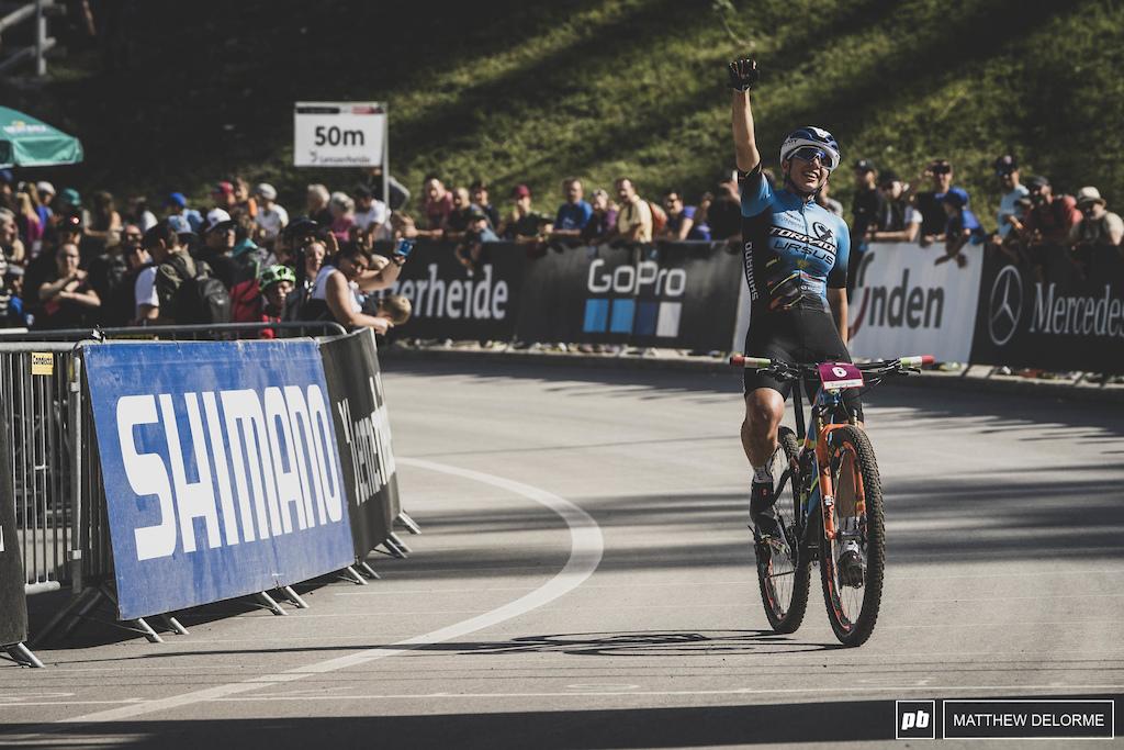 Martina Berta takes the win in the U23 Women's race.