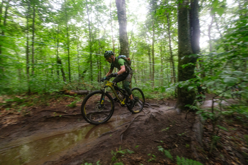 Quebec Singletrack Experience 2019 - Day 5 in Vallée Bras-du-Nord Shannahan