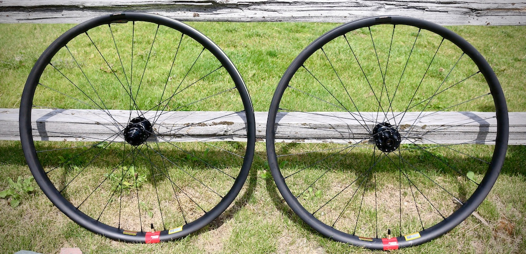 Santa Cruz Reserve 37 29 wheels
