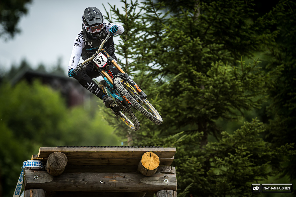Mike Jones is killing here on the flat grass turns. You have to wonder if his 'school of Sam Hill' education is a help.