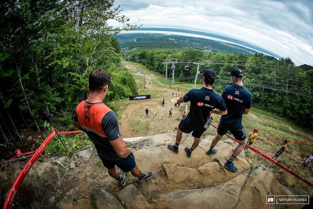 The 2016 World Champ scoping the bedrock with young team mate, Matt Walker.