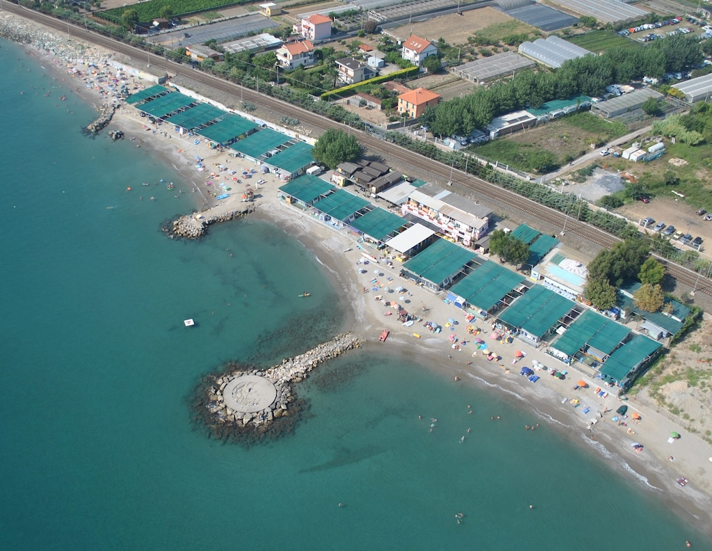 Bike hotel  near the sea