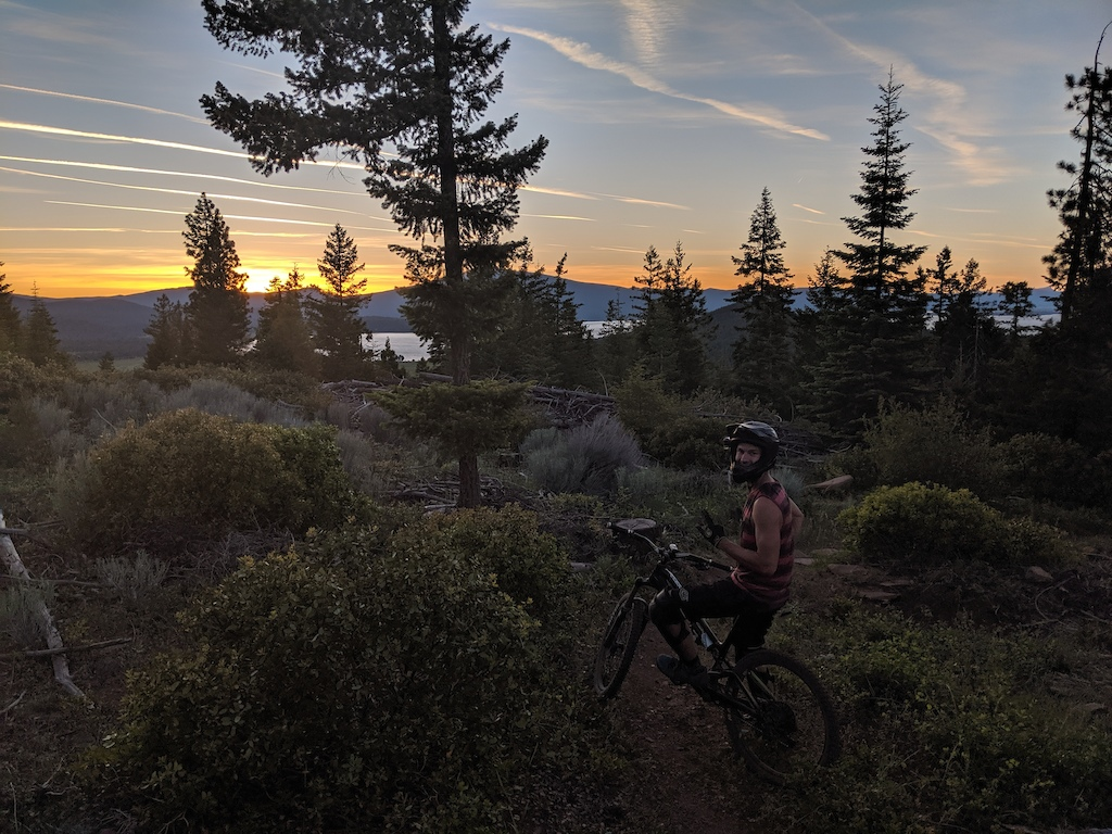 An amazing sunset on an amazing trail