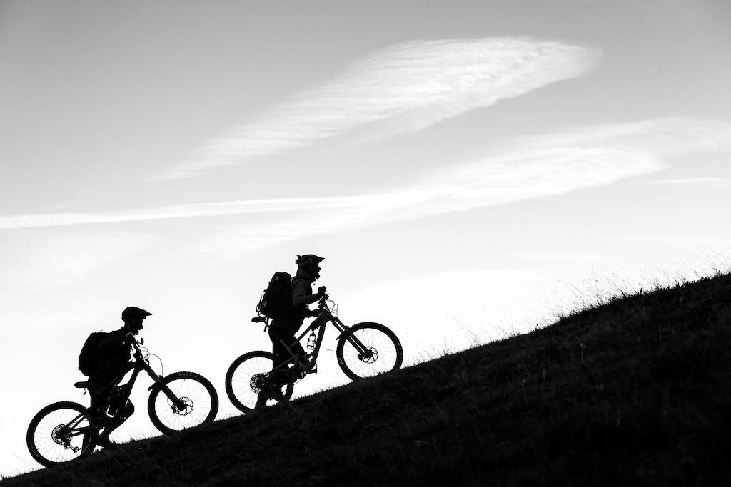 Hike-a-bike at sunrise. Photo by Juanjo Otazu de indomitvisual