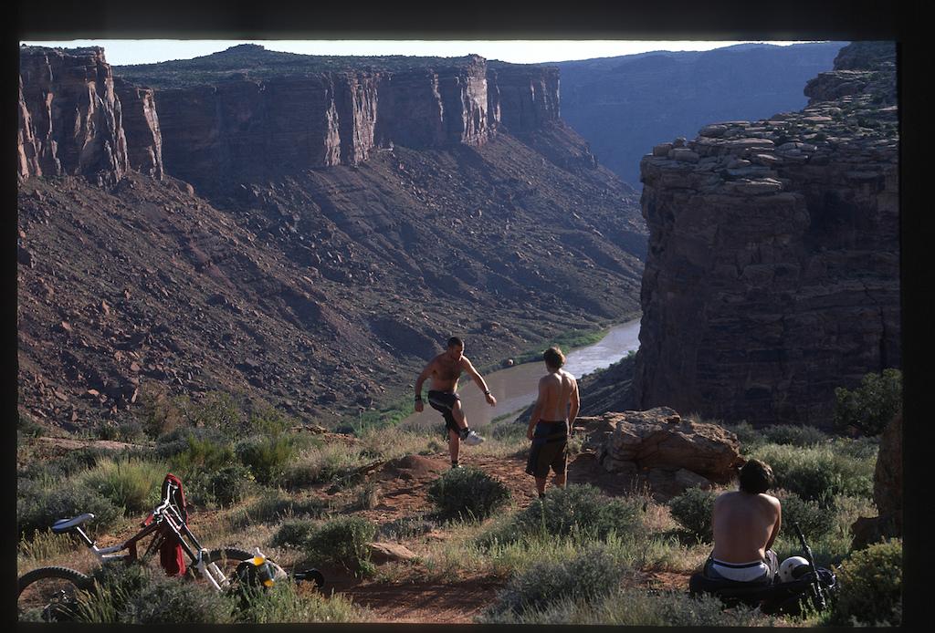 Wade Simmons and Jordie Lunn hacky sacking in Moab, Utah while filming for Roam in 2006