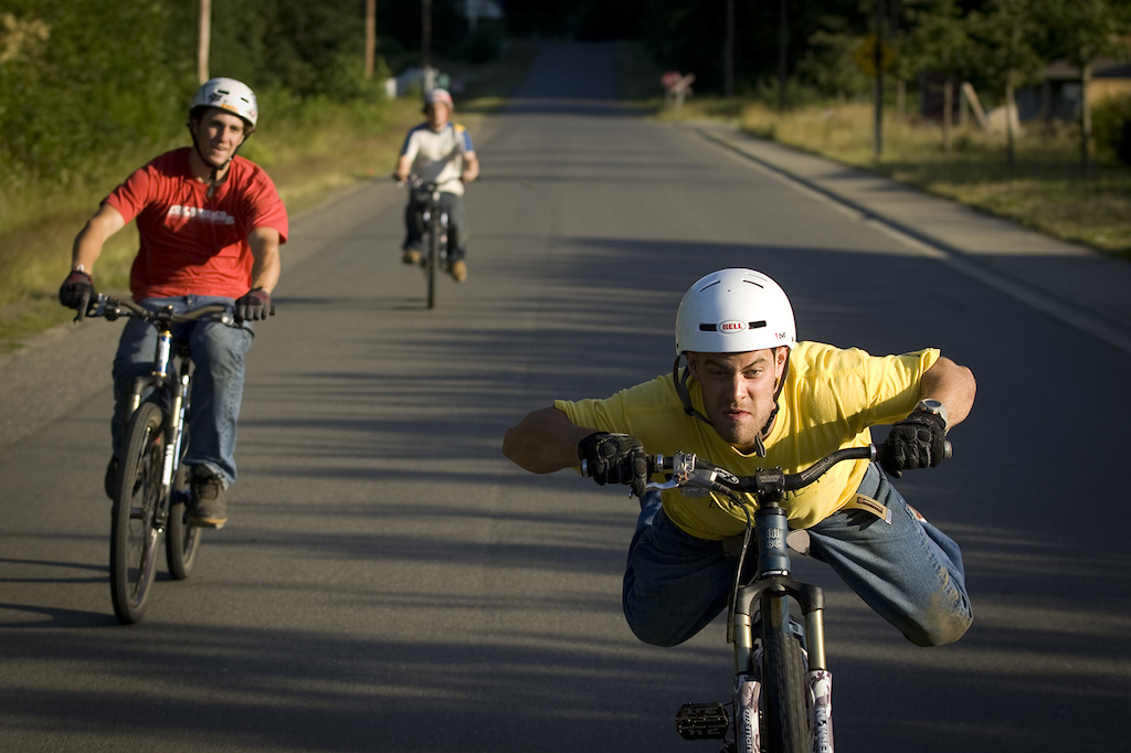 Jordie Lunn with Cam McCaul and Ryder Kasprick, Parksville, BC, while filming for Roam in 2006