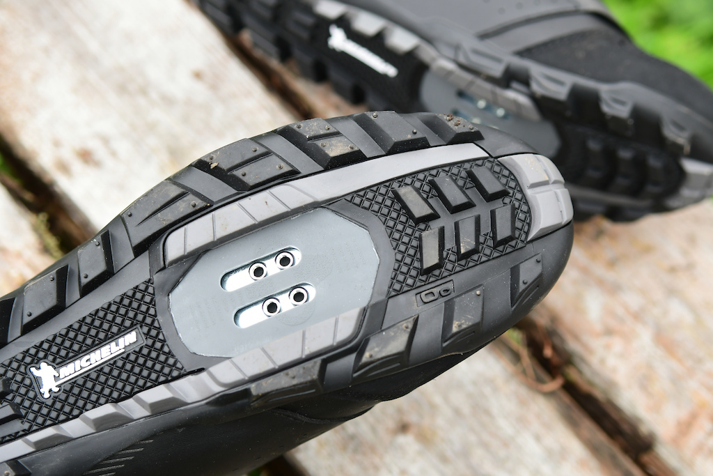 Shimano MW7 shoes