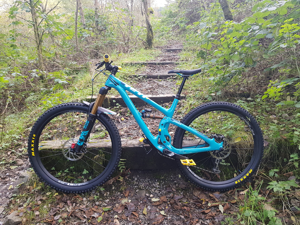 Yeti SB5.5 T Series - X01 2019 Just off of a local trail in Rhondda Valleys South Wales.