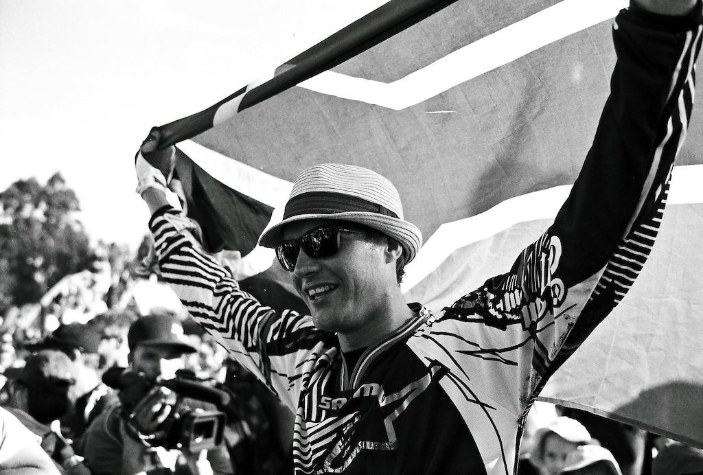 Greg Minnaar winning his hometown World Cup