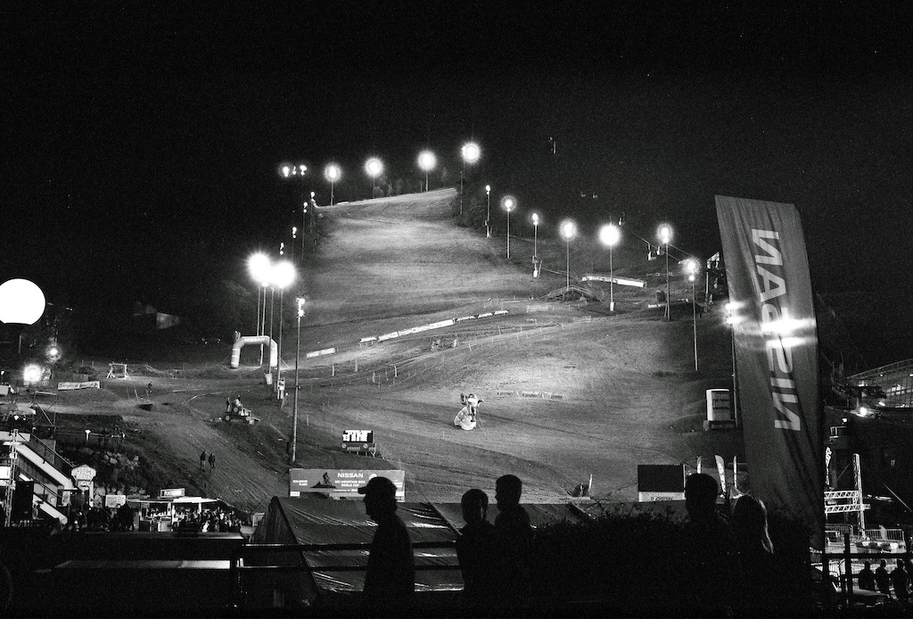 4X World Cup finals by night