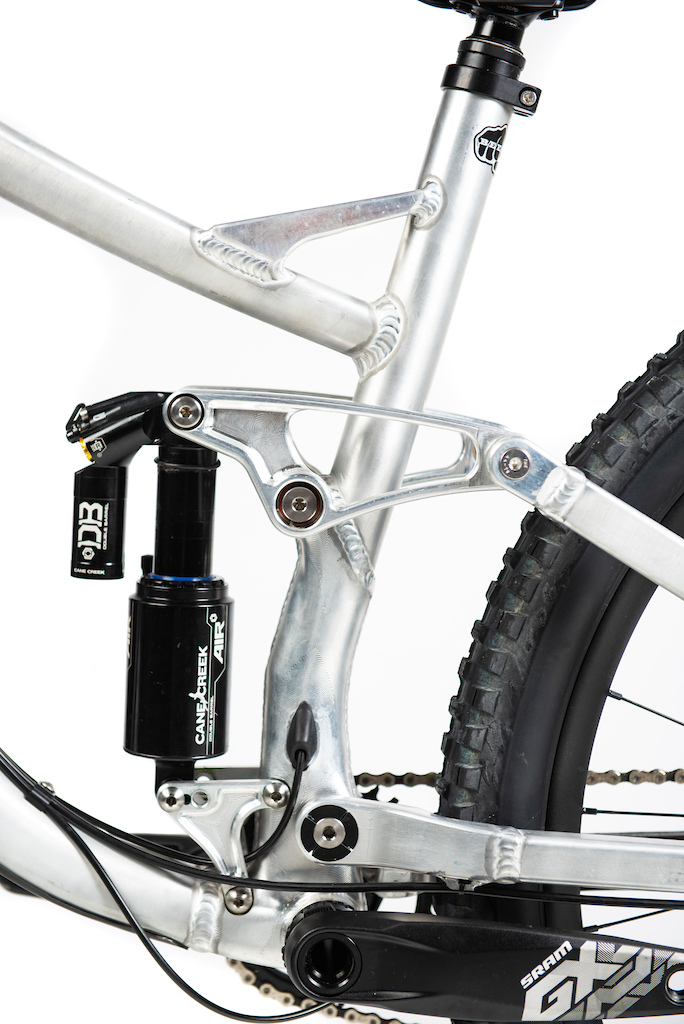 The 2020 SQWEEB v3 CNC Machined rocker and bottom bracket suspension cluster. https reebcycles.com sqweeb-v3
