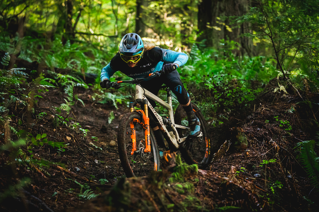 Cody Kelley flew out to the PNW to join us in filming his second PNW Components video. The second day of filming went according to plan and culminated with a meet and greet where local riders were able to ask Cody about his career and lifestyle. Photo by Trevor Lyden