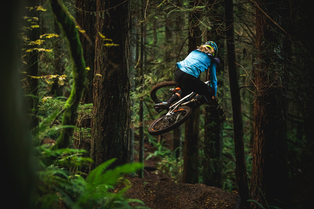 Cody Kelley flew out to the PNW to join us in filming his second PNW Components video. Check out the full video and article here https www.pnwcomponents.com blogs news gloam-season-ft-cody-kelley Photo by Trevor Lyden