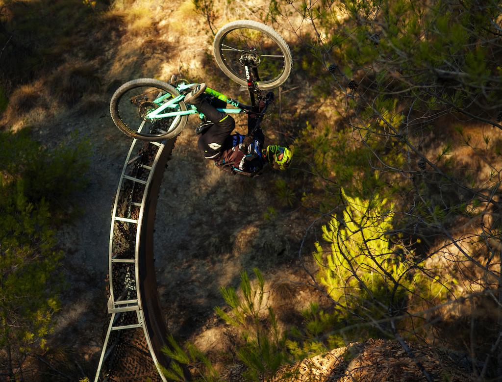 Open Loop In Enduro Bike
