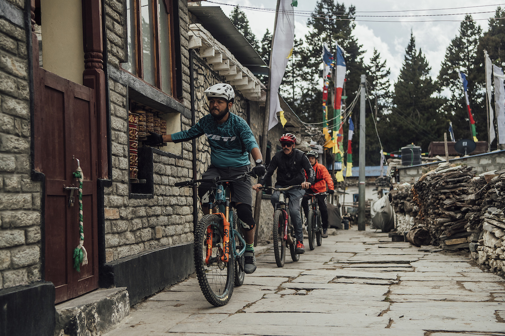 Olly Wilkins and Rob Warner perform during the filming of Rob Warner s Wild Rides in Nepal on February 21 2019. Bartek Wolinski Red Bull Content Pool AP-225YKSPBD1W11 Usage for editorial use only