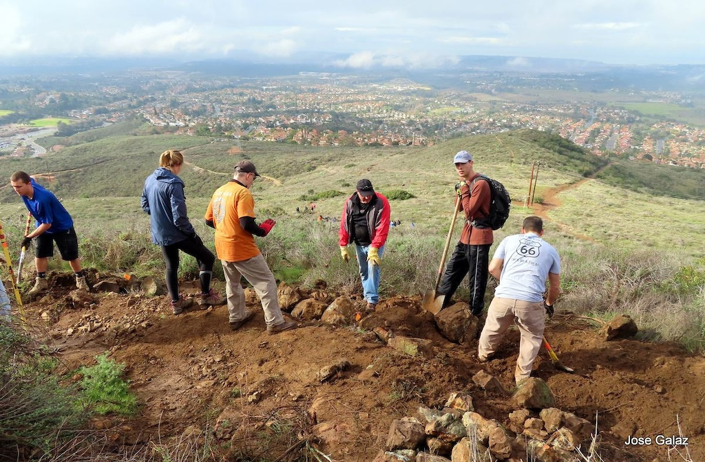 SDMBA Volunteers continue tread work and rock armoring at Black Widow.