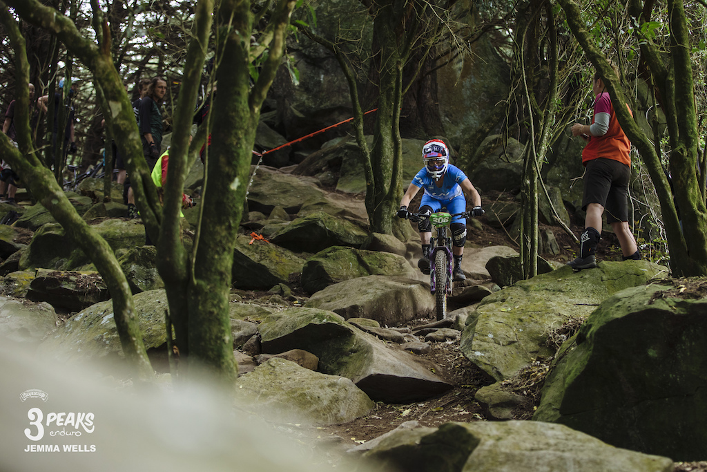 Louise Kelly negotiates the main rock garden on the Nicols Enduro line part of day one of the Emerson s 3 Peaks Enduro.