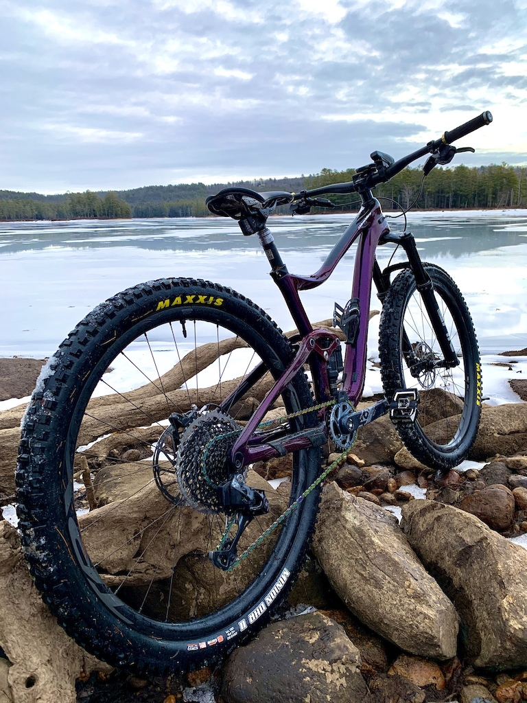 Winter meat. Maxxis 2.6's on 30mm internal, just barely squeaking in at 2.5 even after the carcass settled in.   Lake Tully in Royalston, MA.