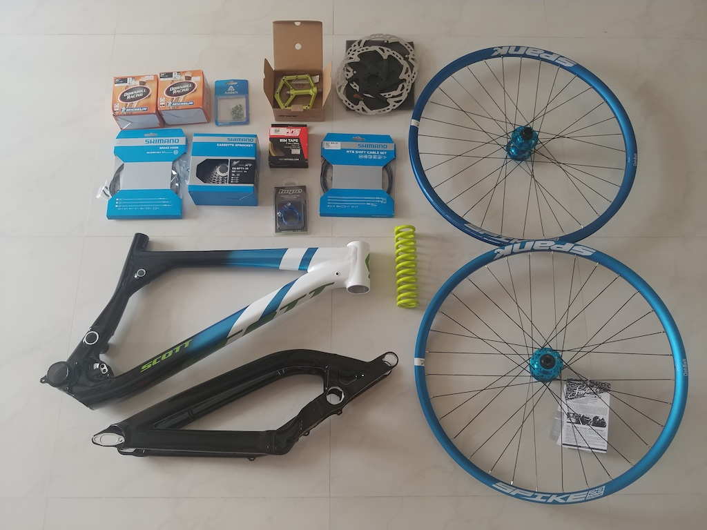 All my new parts for my old bike. Going to build it up upcoming week.
