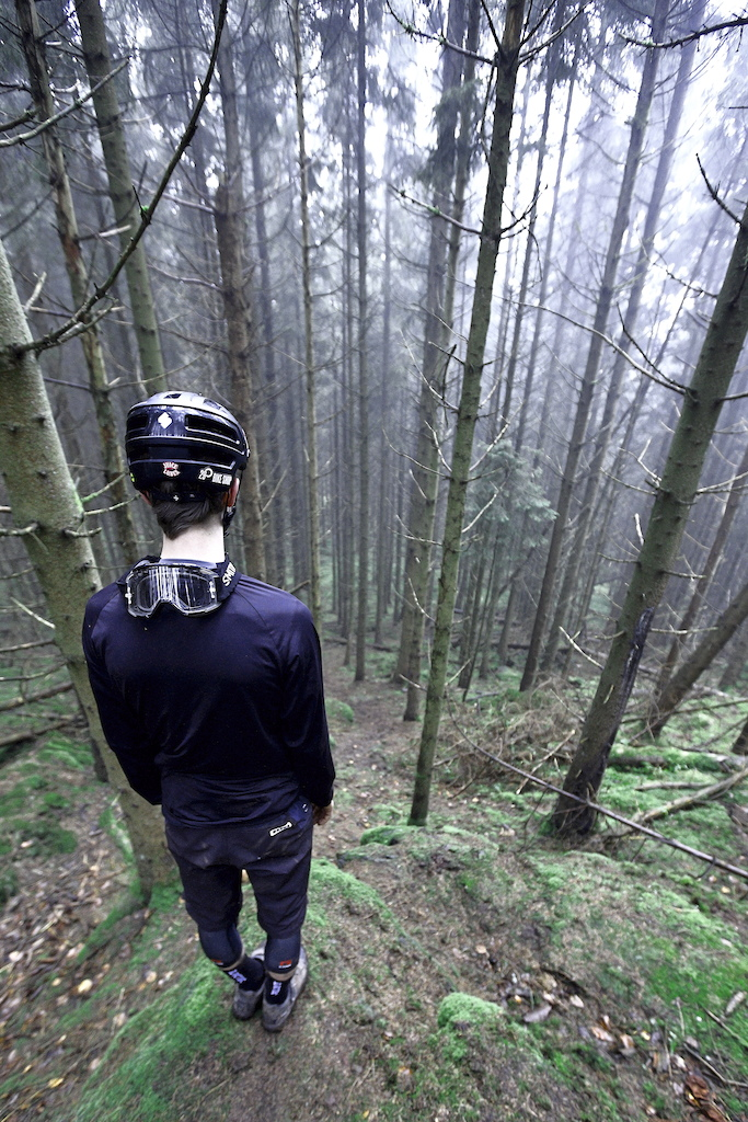 You have to be vigilant when riding in the dark steep woods of Sweden. See Victor Rosenbeck a talented danish freerider shredding the steep tracks of Sweden.
