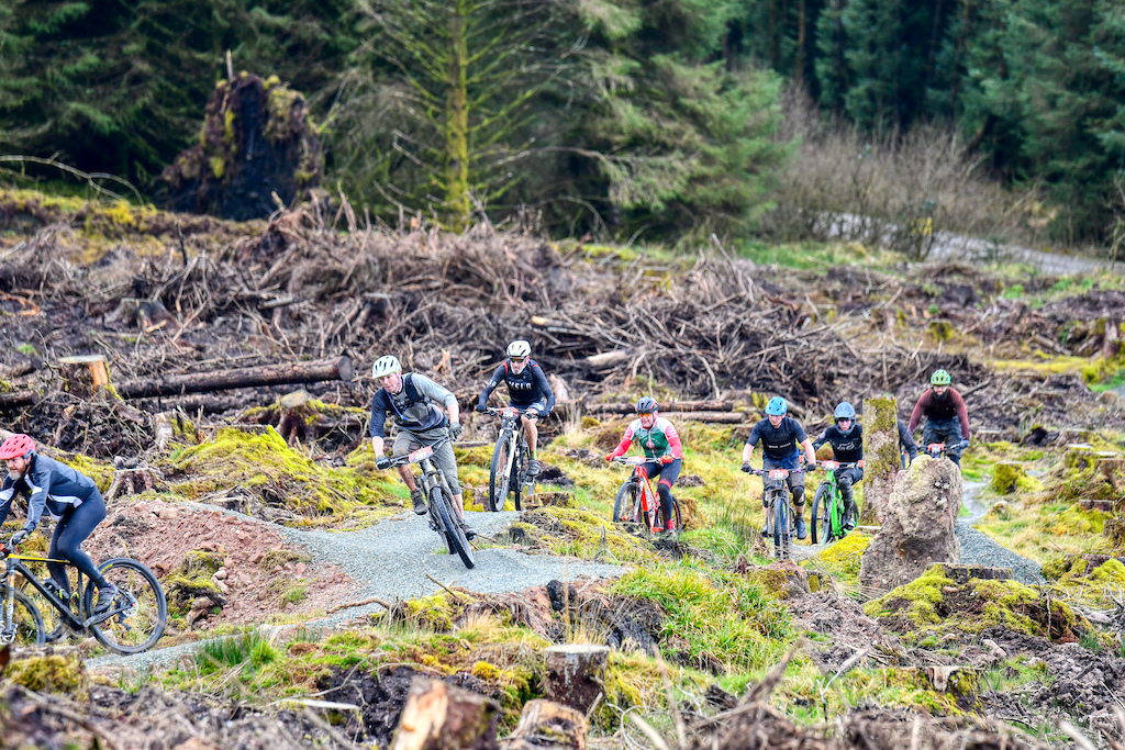 Baggy Shorts category had plenty of riders difficult to overtake on the trails