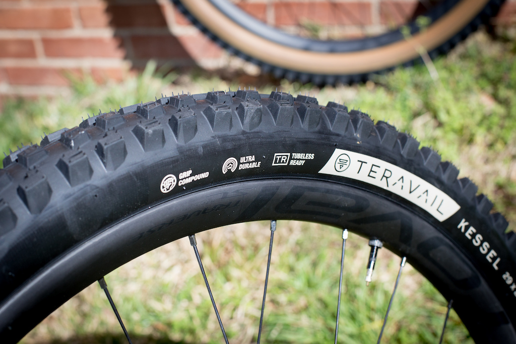 """1075 Tire Pattern NEW Bicycle Tire Duro 29/"""" x 2.35/"""" Black//Black Side Wall"""