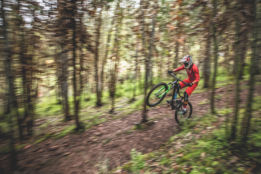 The young promise of the region Mateo Negri 14 years old is the master of his local trails. Here enjoying the speed of the forest.