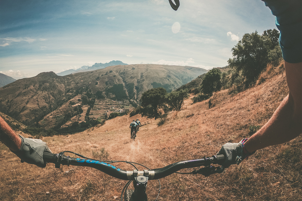 Dusty yelllow trails