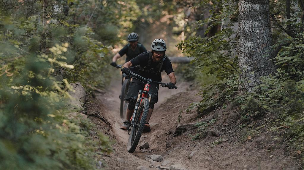 Fezzari Delano Peak 135 150mm travel carbon 29er