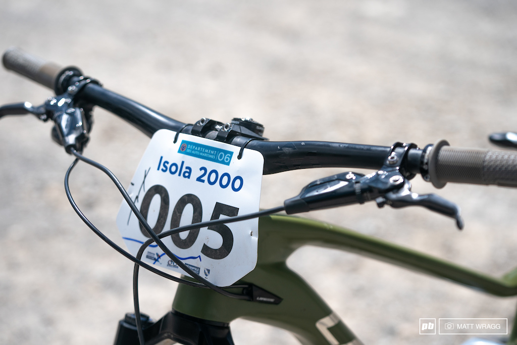 Challenge 06 Descente. Isola 2000 France. Photo by Matt Wragg