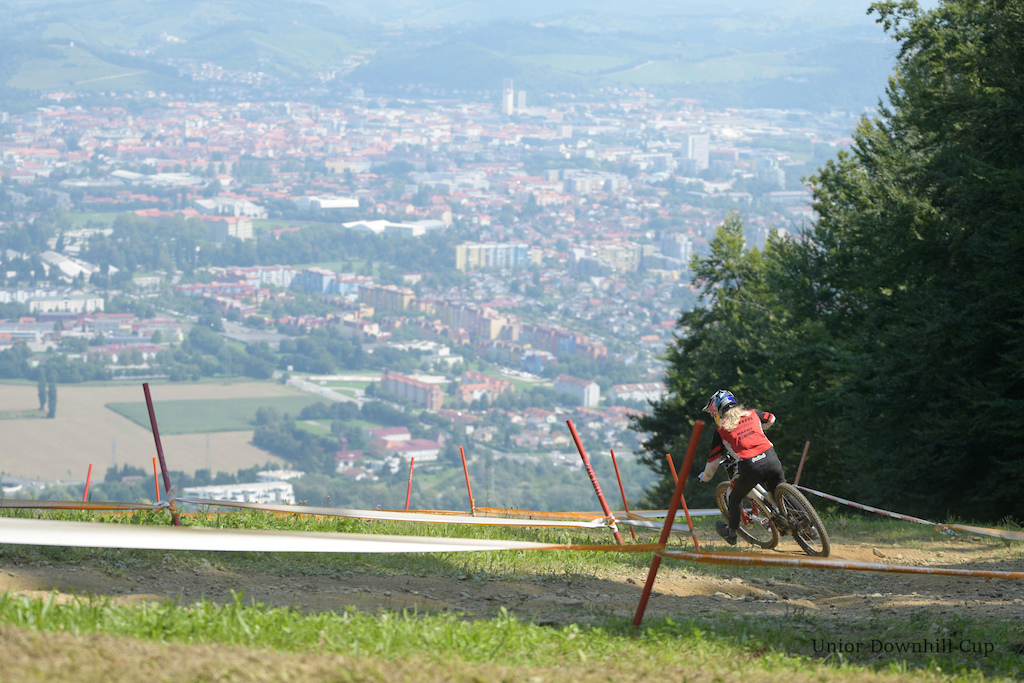 Valentina H ll SRAM TLD Racing winner of 2020 DH Visit Pohorje