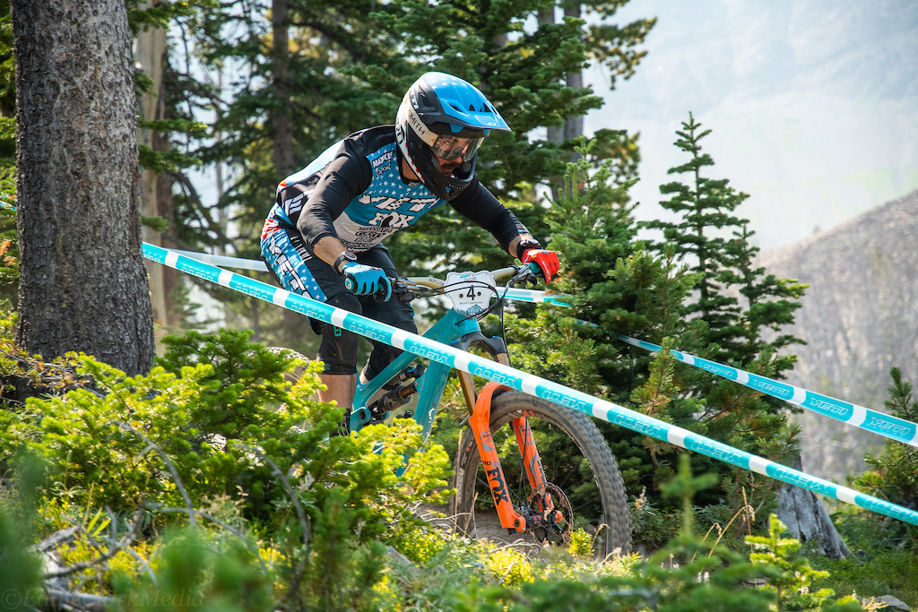 Shawn Neer keeping was smooth and fast all weekend to finish within a second of the Mitch Ropelato after 28 minutes of racing for a second place overall.